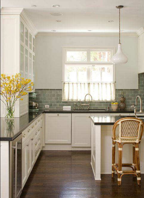 Какую плитку выбрать в кухню на пол