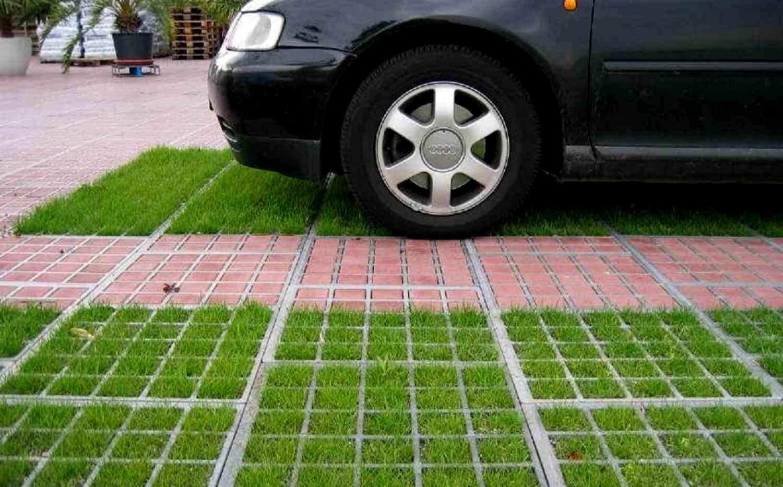 Как превратить газон в парковку и не влететь на штраф 65